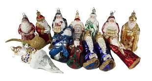 GROUP OF SANTA CLAUS CHRISTMAS ORNAMENTS