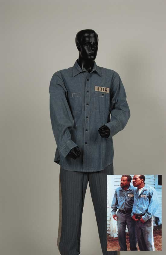 Eddie Murphy Prison Outfit from Life