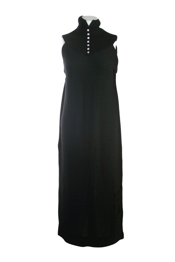 23: MARILYN MONROE DRESS