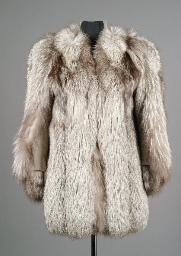 4: Barbra Streisand Reiss & Fabrizio Fox Fur Coat