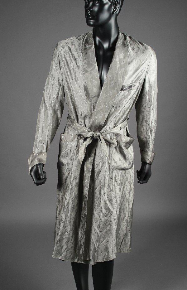 1001: PLAYBOY:  Hugh Hefner Signed Robe