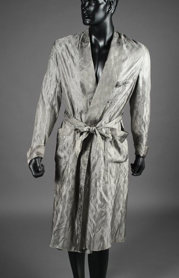 1001: PLAYBOY:  Hugh Hefner Signed Robe
