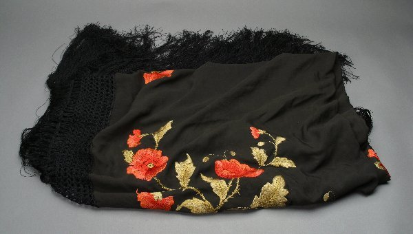 5: Rudolph Valentino Owned Shawl