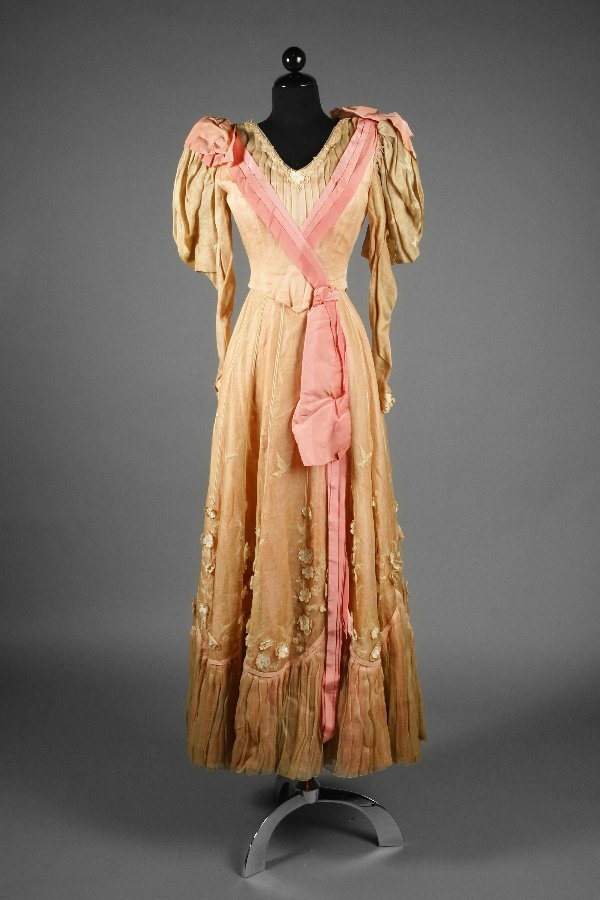 """15: Costume Worn by Monica Lewis in """"Excuse My Dust"""""""
