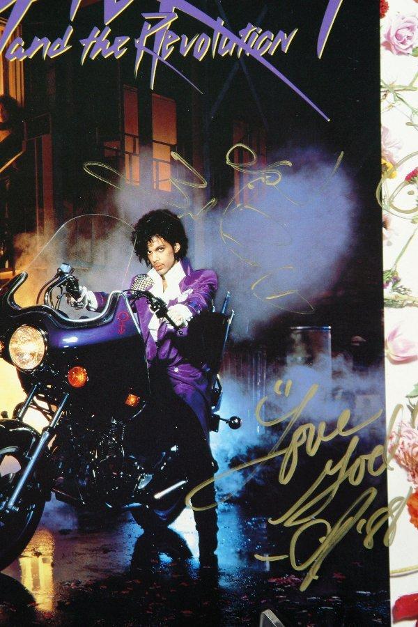 154: Prince Purple Rain Autographed Album Cover - 2