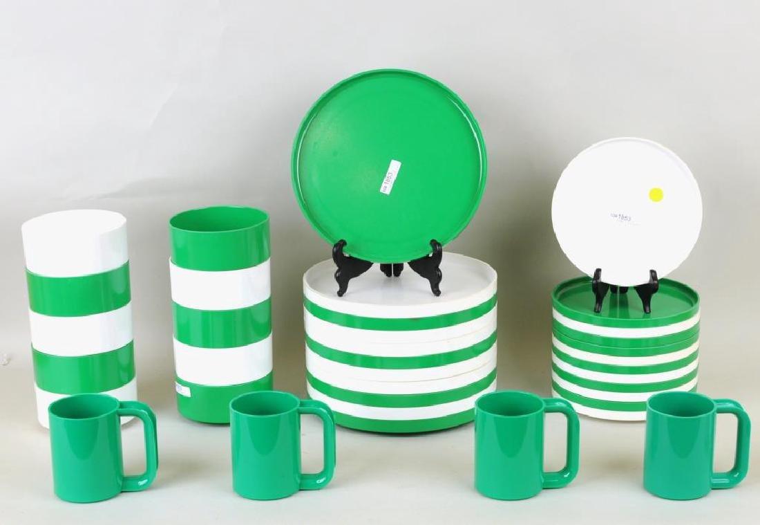 Group Modern Tablewares - 2