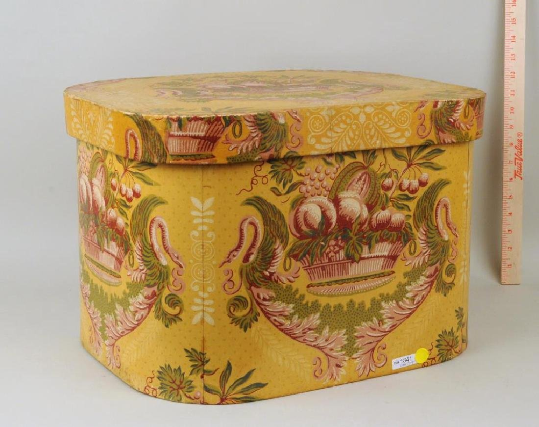 "Wallpaper Bandbox/Label ""Turtle Bay Band Box"""