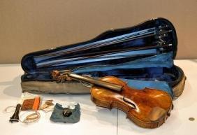 Geib Wood Cased Violin & Five Bows