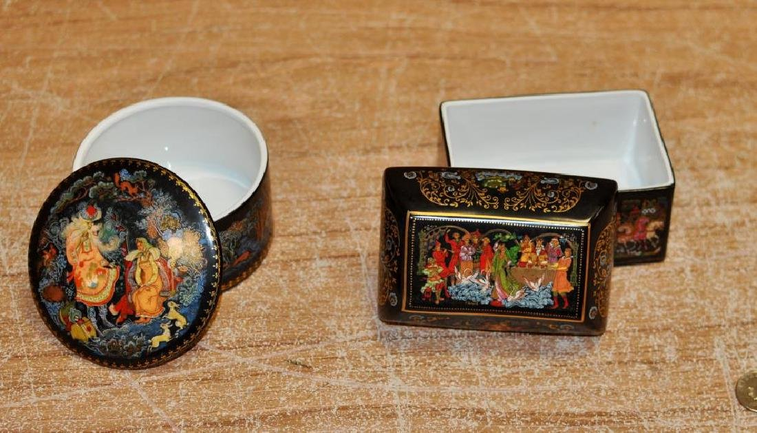 Two Russian Porcelain Transfer Decorated Boxes - 3