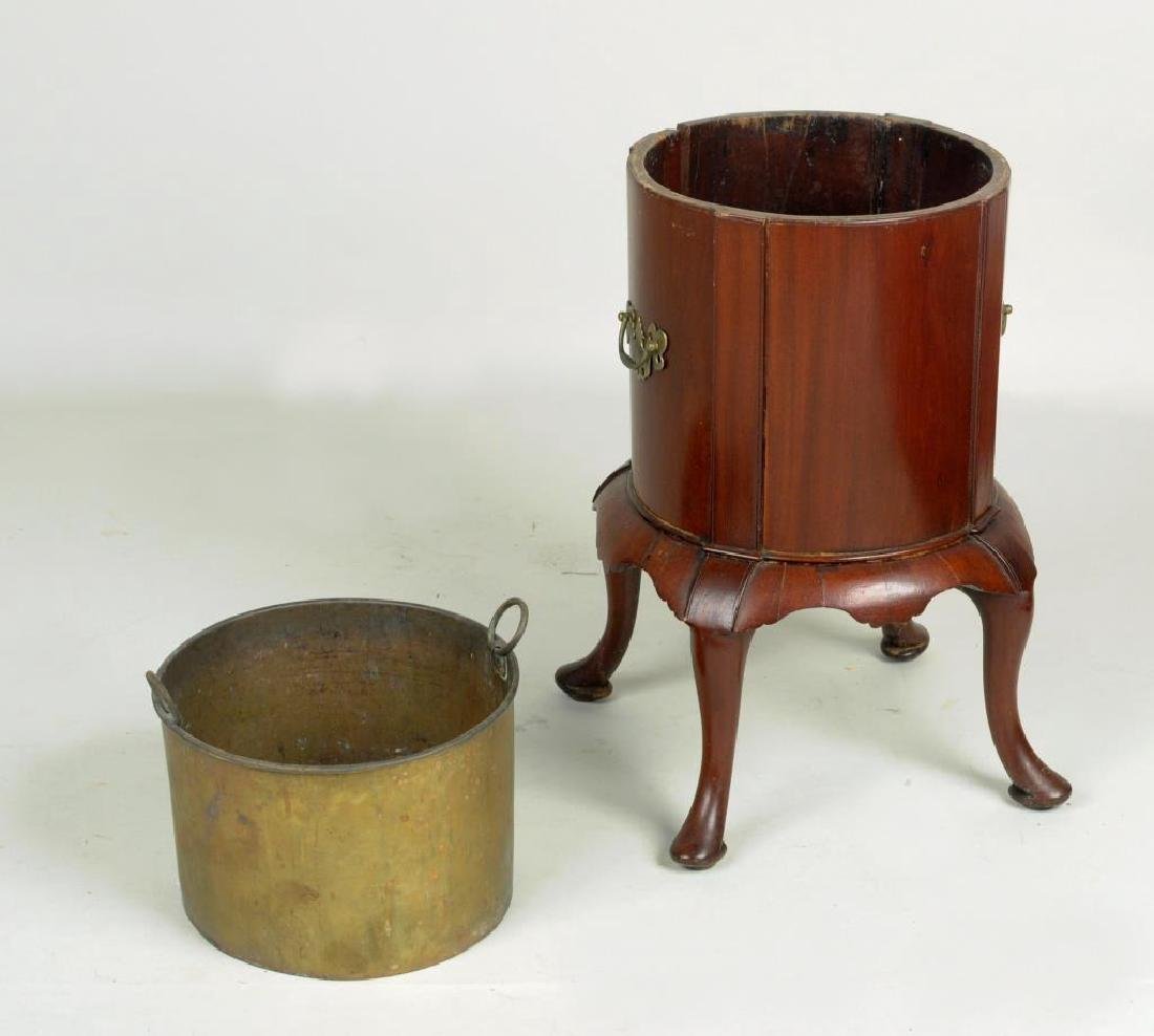 George II Walnut Planter - 2