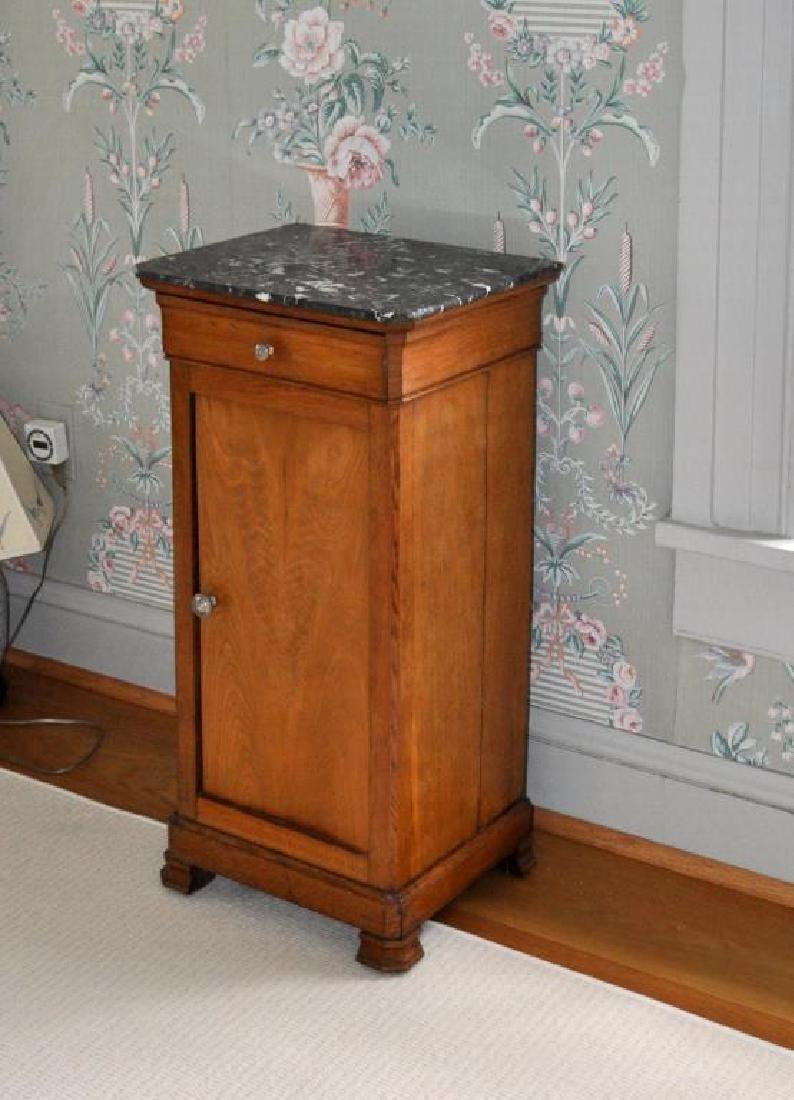 Continental Walnut Bedside M/T Pot Table