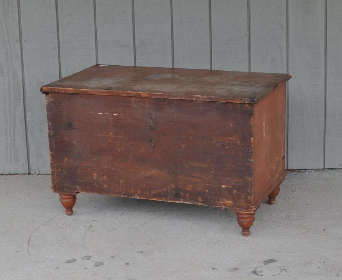 Pennsylvania Six Board Chest In Pumpkin Paint - 3