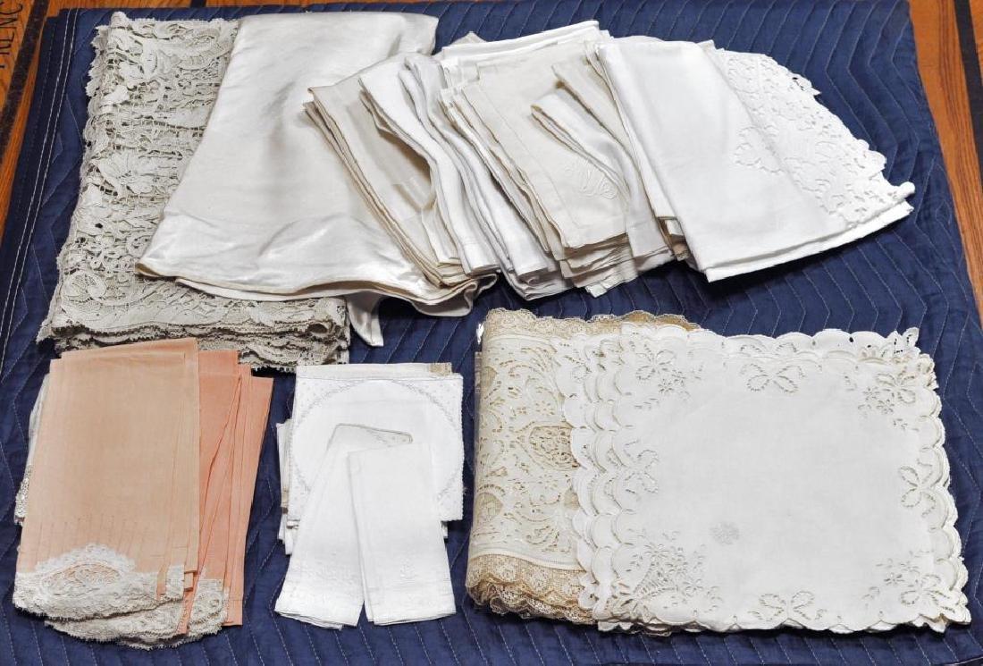 Group Lace Linen & Damask Tablecloths