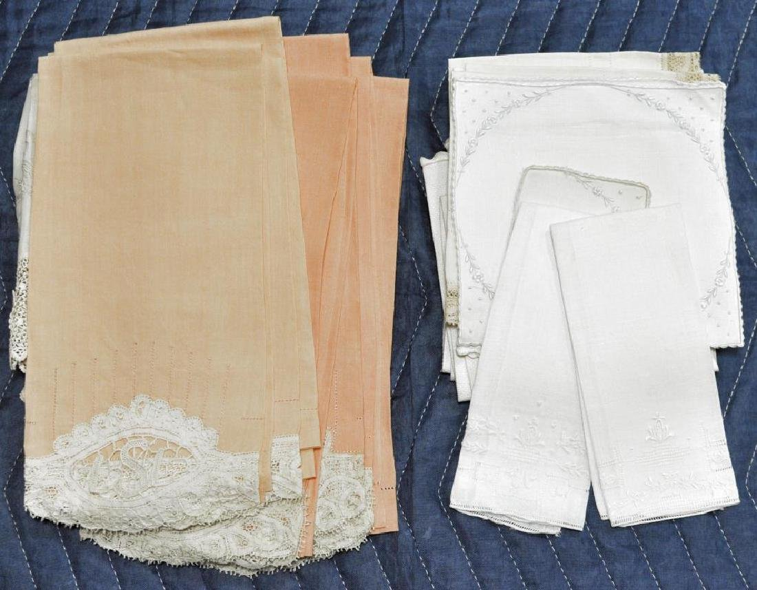 Group Lace Linen & Damask Tablecloths - 3