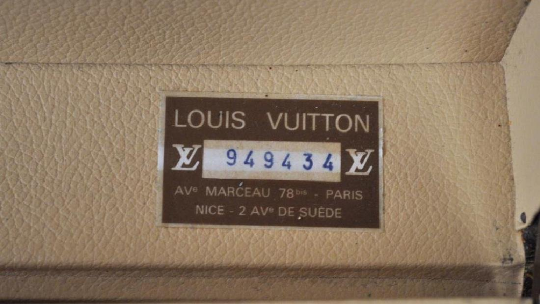 Louis Vuitton Suitcase With Removable Tray - 6