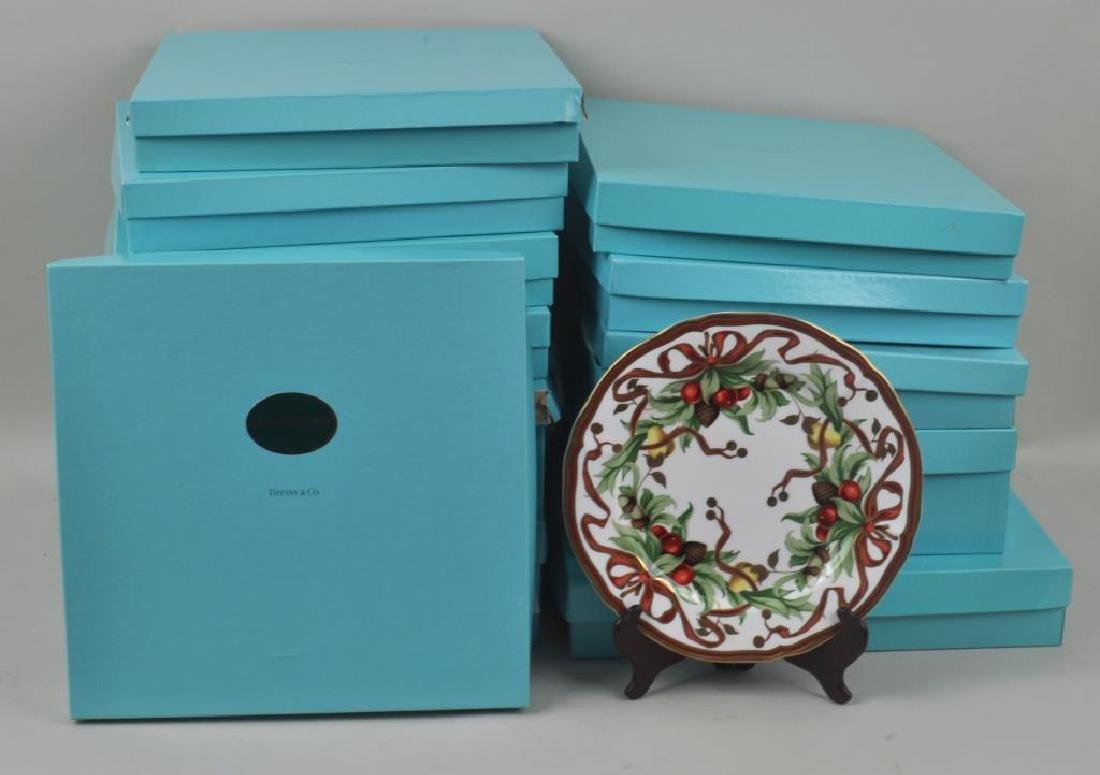 "Set 18 Tiffany ""Holiday"" Pattern Dinner Plates"
