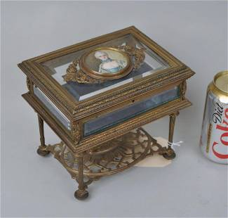 French Bronze Tabletop Curio