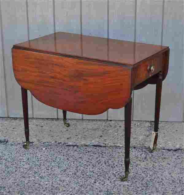 NY Federal Figured Mahogany Pembroke Table