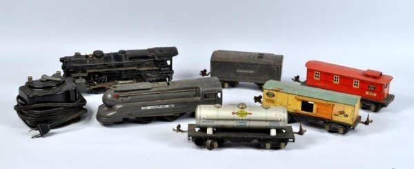 7: Pre-War Lionel Train Set, Track, Transformer