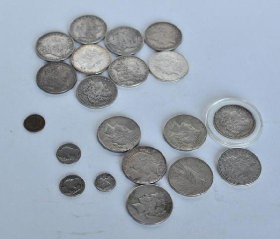 7: Group of US Silver Dollars, Morgan and Peace