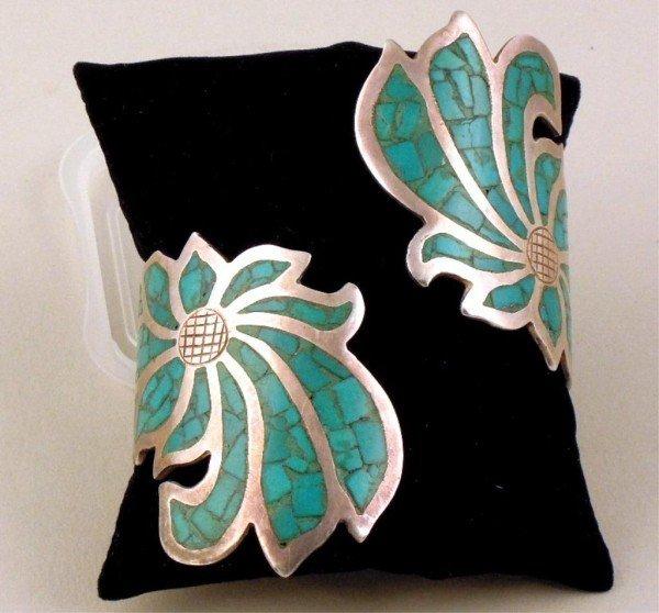 11: Silver & Turquoise Bracelet, Ring, & Pair Earrings - 3