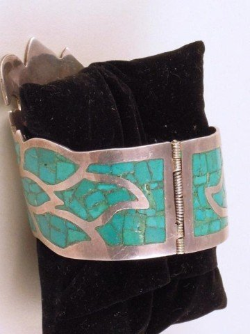 11: Silver & Turquoise Bracelet, Ring, & Pair Earrings - 4