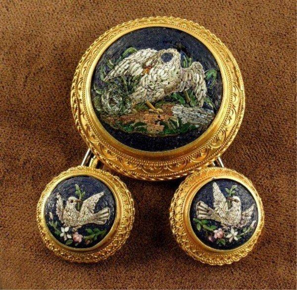 19: Gold & Glass Micro Mosaic