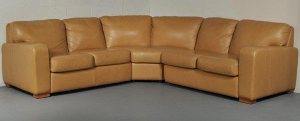 263: Modern Caramel Leather Curved Sectional Sofa
