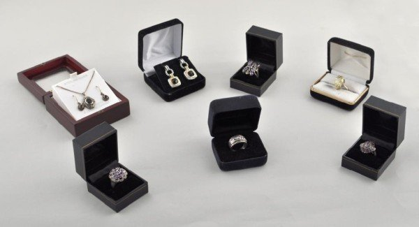 11: Group of Seven Sterling Silver Jewelry Items