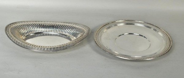 23: Two Sterling Silver Trays, Round & Oval