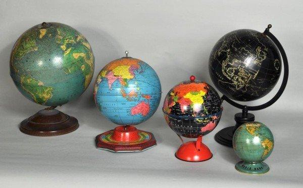 171: Group Five Decorative Terrestrial Globes