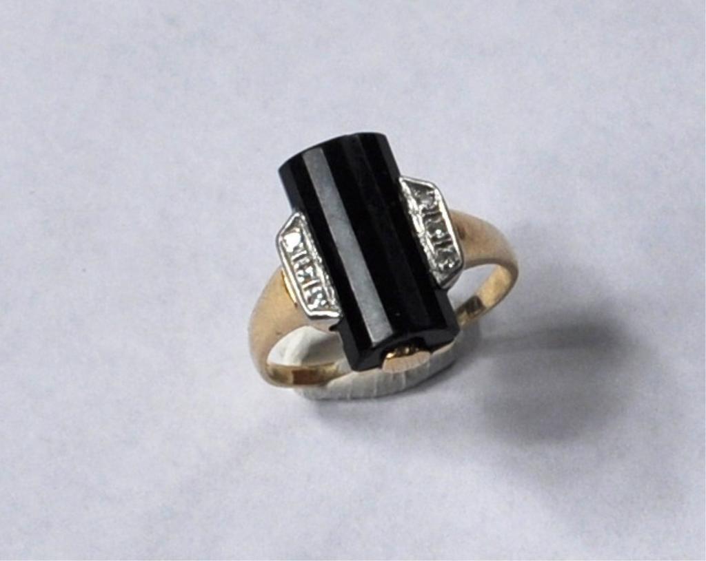 7: Art Deco 14K Gold Platinum Onyx & Diamond Ring