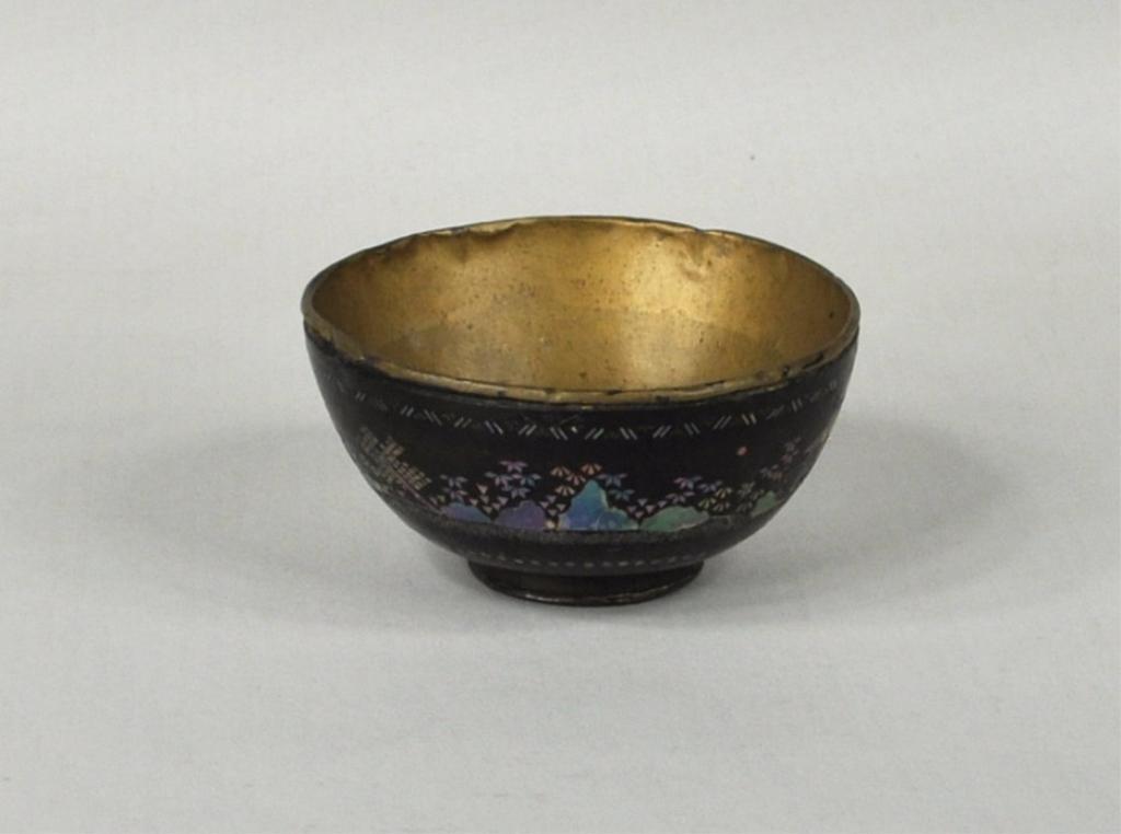 21: Chinese Laque Burgaute Bowl, c. 1800