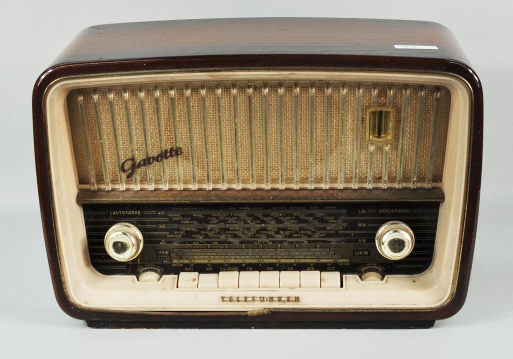 """31: German Telefunken """"Gavotte"""" Shortwave Radio - 2"""
