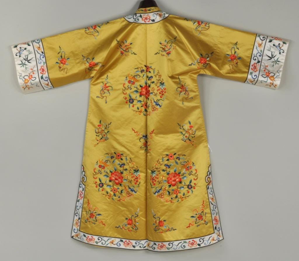Asian Embroidered Silk Robe - 2