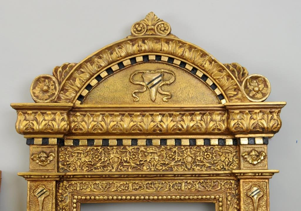 Two Continental Gilt Tabernacle Frames - 3