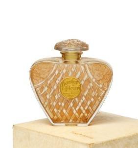 1934 Viard -Harriet Hubbard Ayer bottle