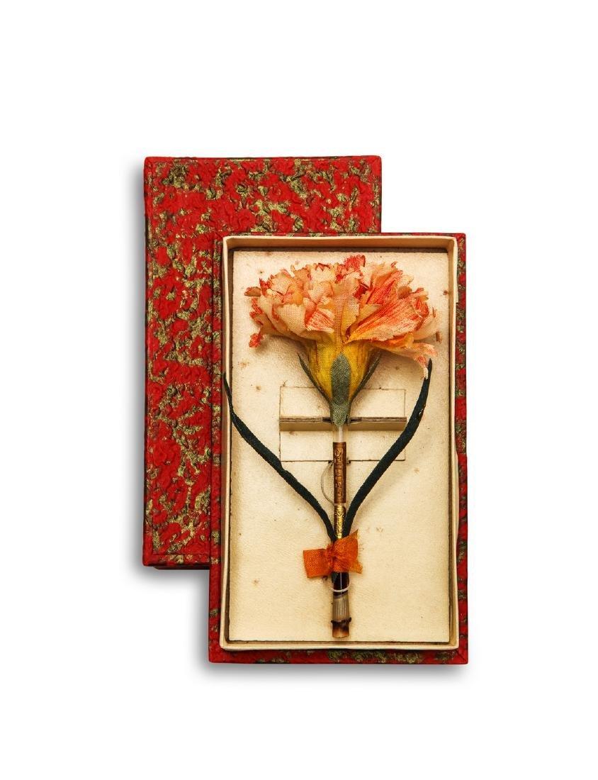 1920s Elesbe  Oeillet  (Carnation) perfume bottle