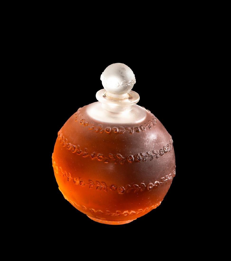 1916 R. Lalique, Arys  Roses Sans Fins  perfume bottle