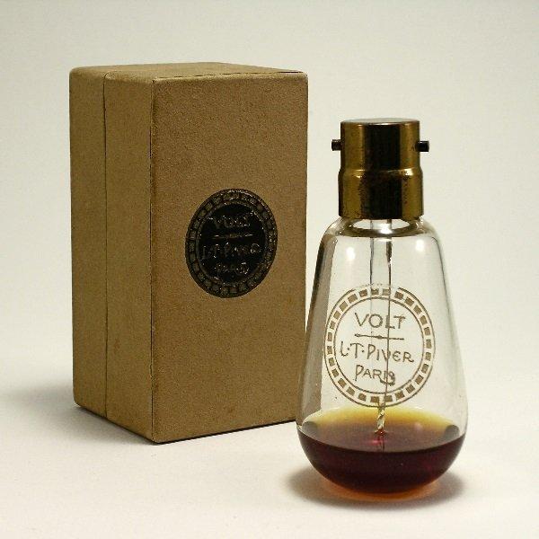 165: Baccarat 1922 Piver Volt Perfume Bottle