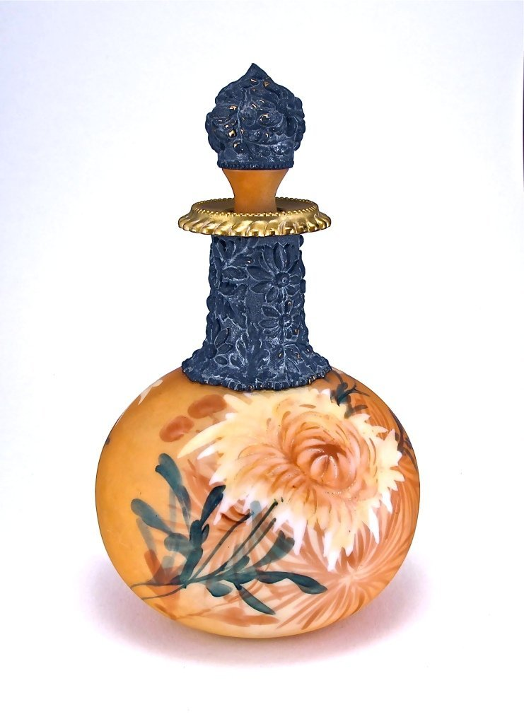 31: 1880s Mount Washington Perfume Bottle