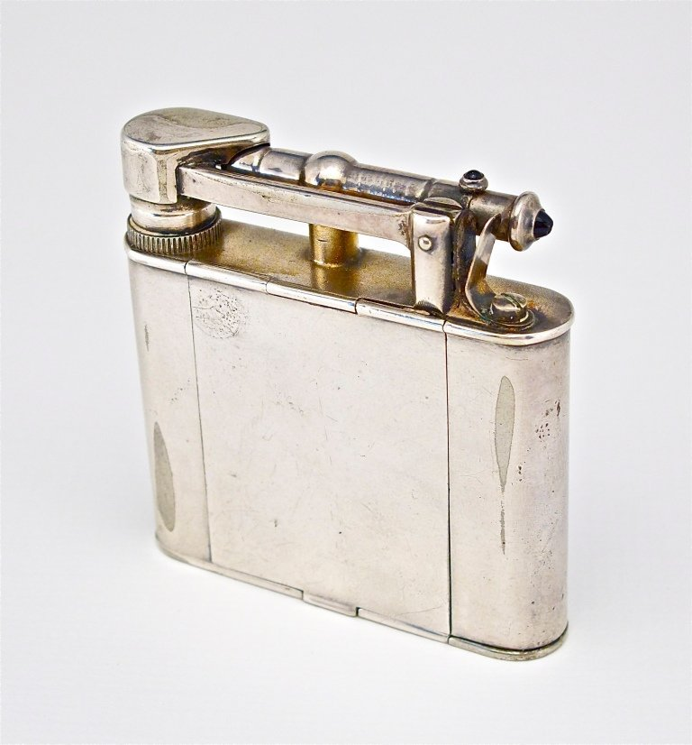 49: 1920s Dunhill Faux Cigarette Lighter Minaudiere