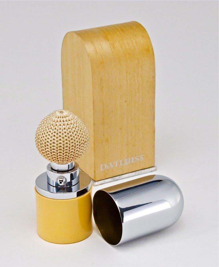 94: 1930s DeVilbiss Ivory-Plastic Chromed Atomizer