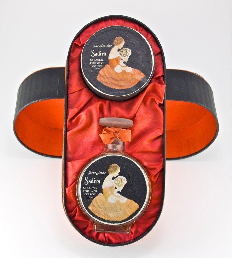 129: 1920 Sterns Gift Set with Sadira Perfume Bottle