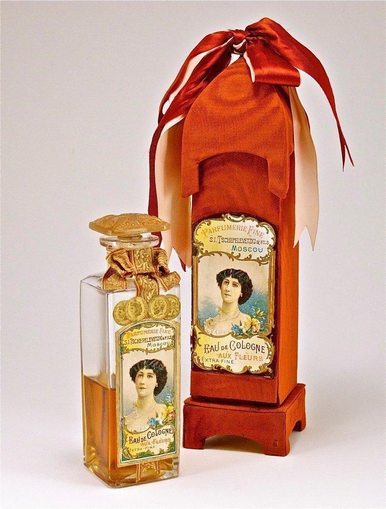 130: 1910s Russian Au Fleurs Perfume Bottle
