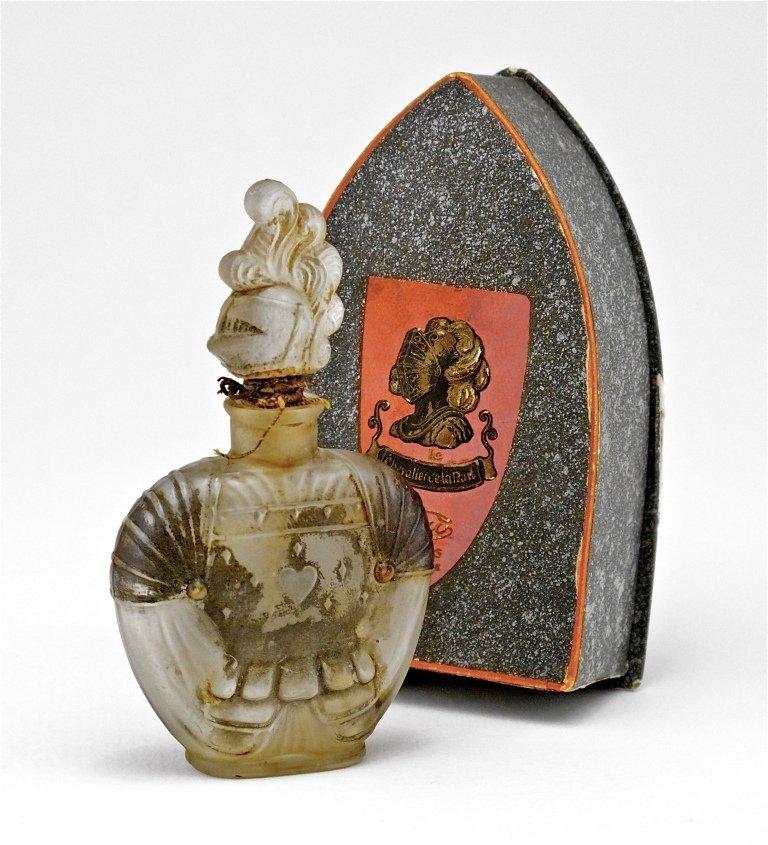 134: 1924 Viard - Chevalier de la Nuit Perfume Bottle