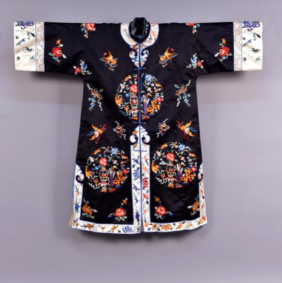 CHINESE SILK EMBROIDERED SURCOAT, MID 20th C
