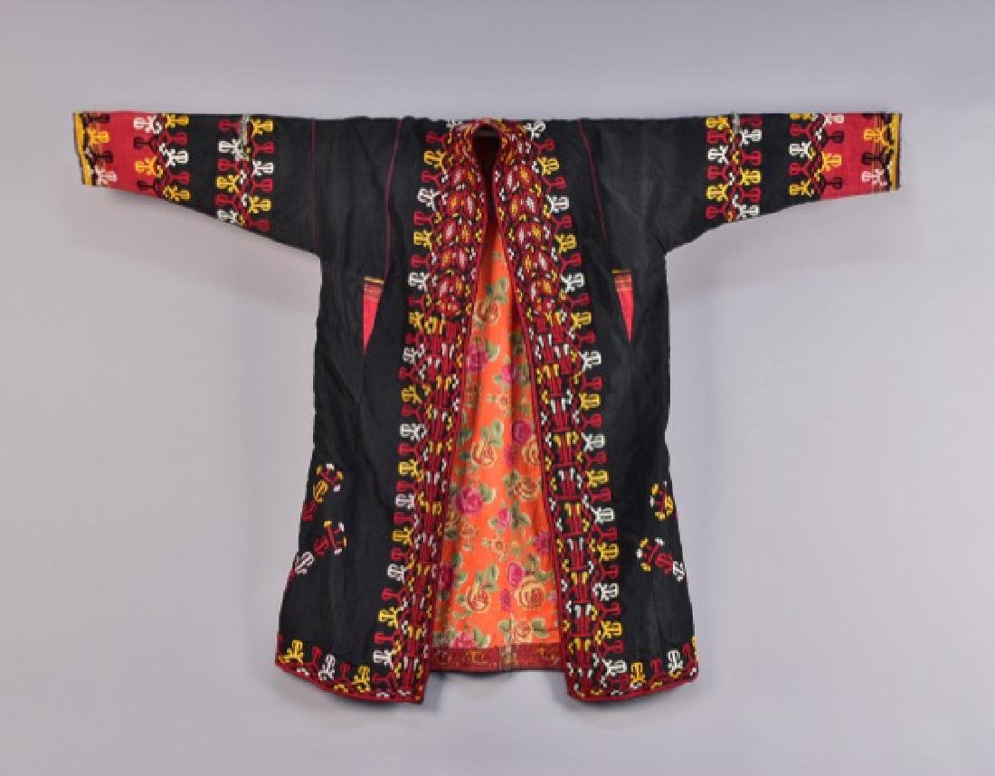 AFGHAN EMBROIDERED CHYRPY, MID 20th C