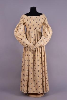PRINTED COTTON DAY DRESS and PELERINE, 1830s