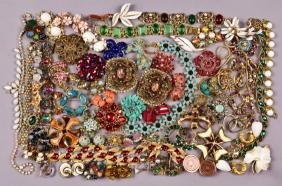 LOT of COLORFUL VINTAGE COSTUME JEWELRY